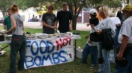 Food not Bombs Sarasota 2007
